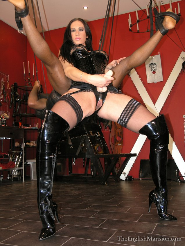 Domination female male slave